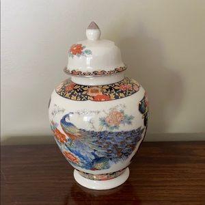 Vintage porcelain vase/urn with lid.